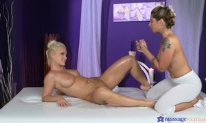 Horny lesbian Rossella Visconti shows Amy Red her pussy fingering skills AnalDin