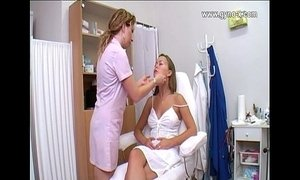 Gynecological checkup on Gyno Clinic xVideos