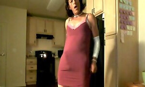 Cougar Tranny Clitty Shake and Roll