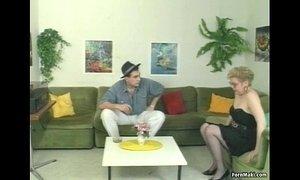 German Mature Pissing xVideos