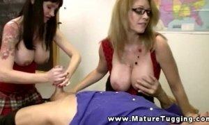 Mature handjob threeway with busty milfs xVideos