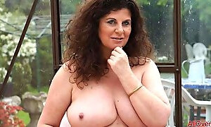 Horny UK MILF Jilly Compilation