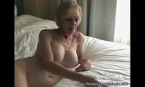 Cum on grandmas pussy xVideos