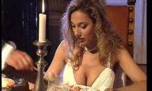 Maria Bellucci sucks dicks and gets assfucked. Cuore di pietra 1996