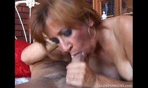 Gorgeous ginger cougar enjoys a hard fuck xVideos