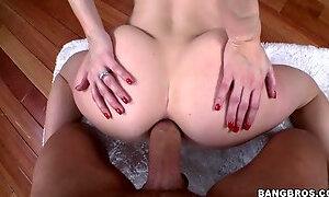 Slutty blonde with bubble butt A.F ass fucking