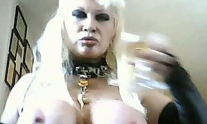 Crazy blonde MILF webcam whore scares me with her erotic solo