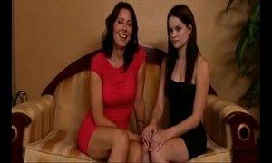 lesbian milfs vs young girls xVideos