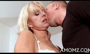 Mommy rides like a crazy cowgirl xVideos