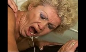 Sex proof granny Effie kitchen hairy