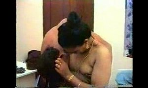 Tamil mother amd son Fuke-New vids-masalajuicy.easyxtube.com xVideos