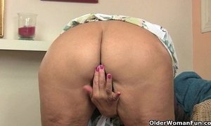 British granny Amanda Degas fucks herself in stockings xVideos