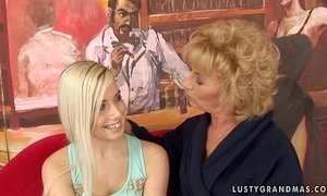Granny Margarette Having Some Lesbian Sex with a younger girl xVideos