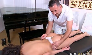 Hot massage turns into a super hot oily fuck with a cumshot