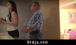 Young vagina needs every day fuck from step-father old dick xVideos