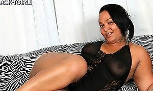 Mystiques Red Hot Cumshot - TGirlBBW