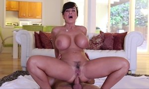Lisa Ann having anal sex Beeg