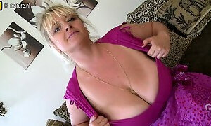 Gorgeous MOM with fat ass and huge tits